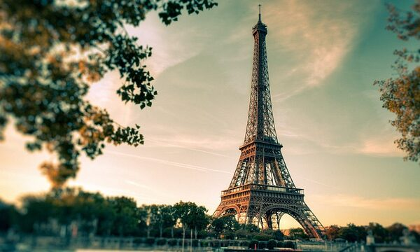 eiffel-tower-2810259_640